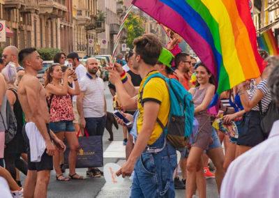 Manifestanti-Pride-Milano-2